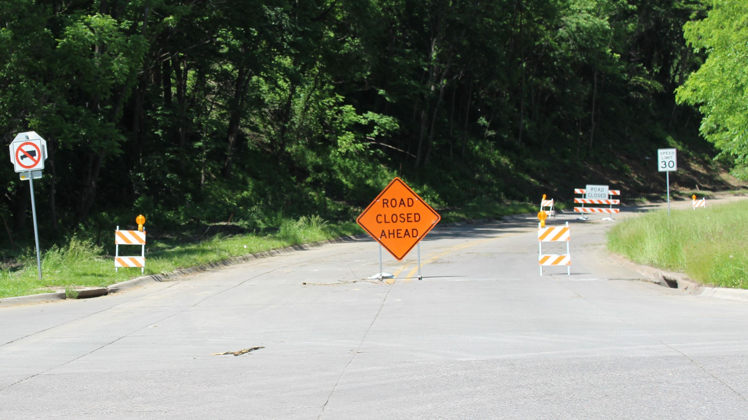 Houser Street closed to traffic July 05, 2019 (JPG)