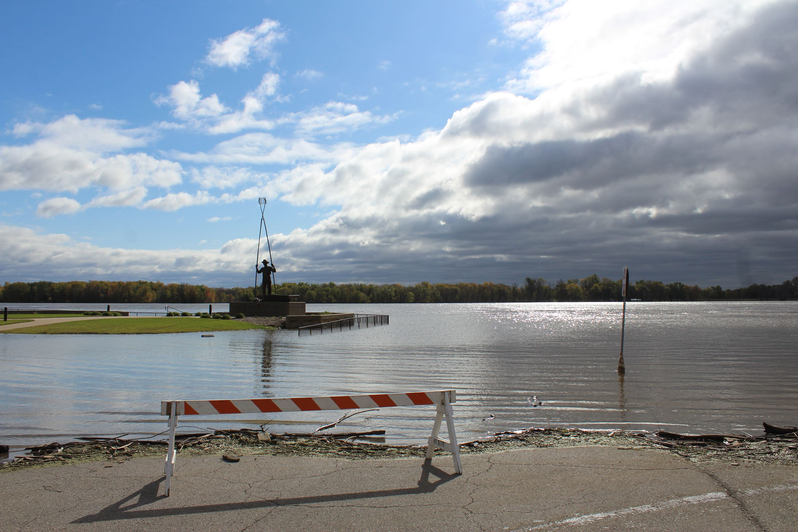 101619 River Flooding 001 (JPG)