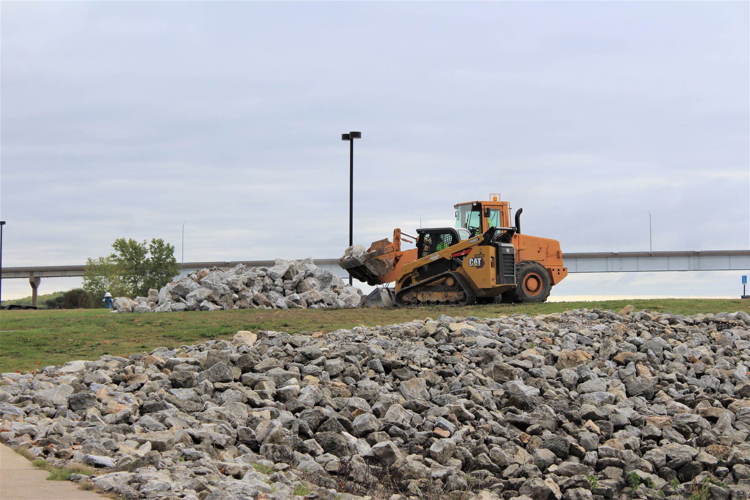 092920 Sea Wall Work 001 (JPG)