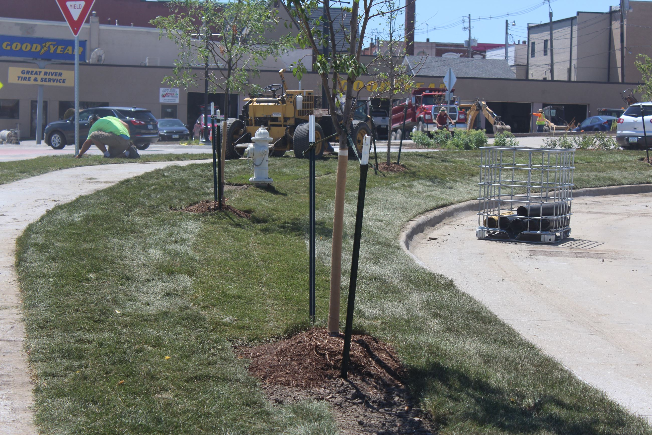 072820 Roundabout - Landscaping - placing grass (JPG)